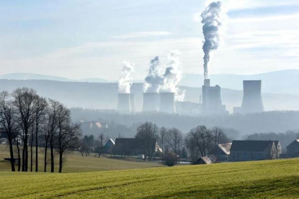 Das Kraftwerk Turow an der deutsch-tschechisch-polnischen Grenze