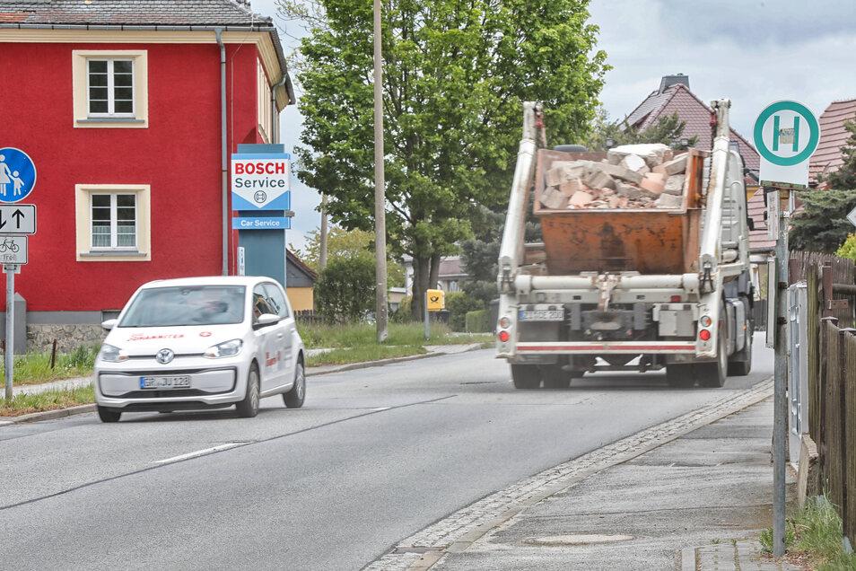 Die Zittauer Straße in Neugersdorf - eine heimliche Rennstrecke?