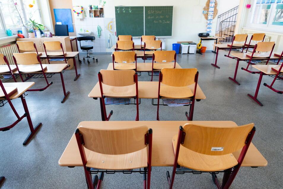 Ab Montag werden die Klassenräume in Sachsen wieder leer sein. So wie im Frühjahr müssen die Schüler von zu Hause aus lernen.