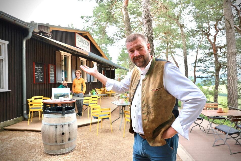 Der schon mal als Restaurant-Papst der Sächsischen Schweiz bezeichnete Sven-Erik Hitzer betreibt für die drei Besitzer die Rauenstein-Baude und hat noch einen Plan.