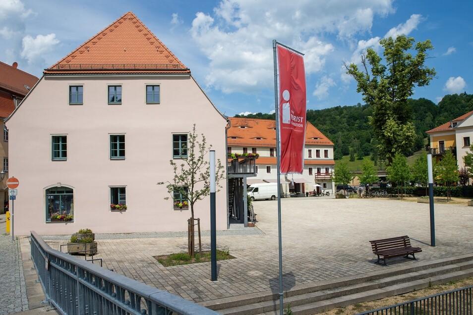Stadtplatz: Groß und damit viel Raum für eine kreative Gestaltung bietet der Stadtplatz zwischen Biela und Touristinformation.