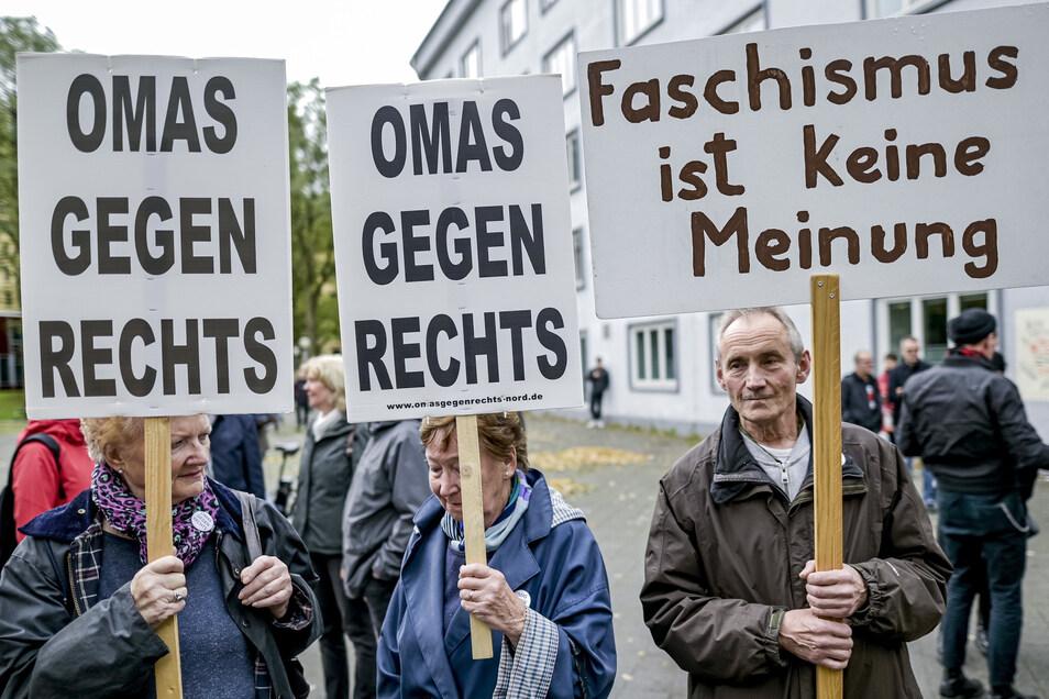Teilnehmer einer antifaschistischen Demonstration am 12. Oktober 2019 in Hamburg (Symbolfoto).