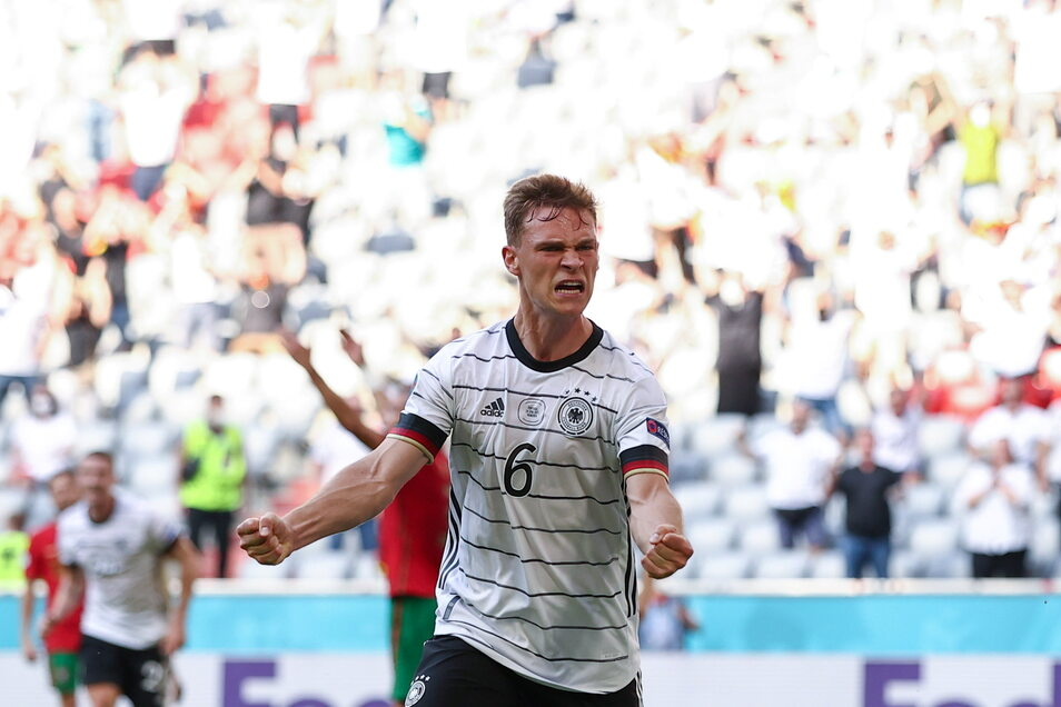 Joshua Kimmich feiert das 2:1. Diesen Siegeswillen hat gegen Portugal die ganze Mannschaft gezeigt.