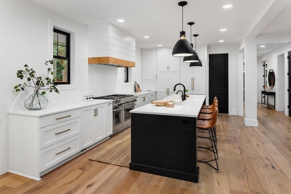 Eine neue Küche kann an die aktuellen Bedürfnisse und Wünsche angepasst werden.