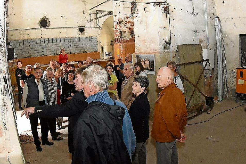 Beim Denkmaltag 2019 informierten sich viele Besucher über den Sanierungsstand in der Alten Brauerei in Bad Muskau. Das ist auch 2020 möglich, doch wegen der Corona-Schutzauflagen nur in begrenztem Maße.