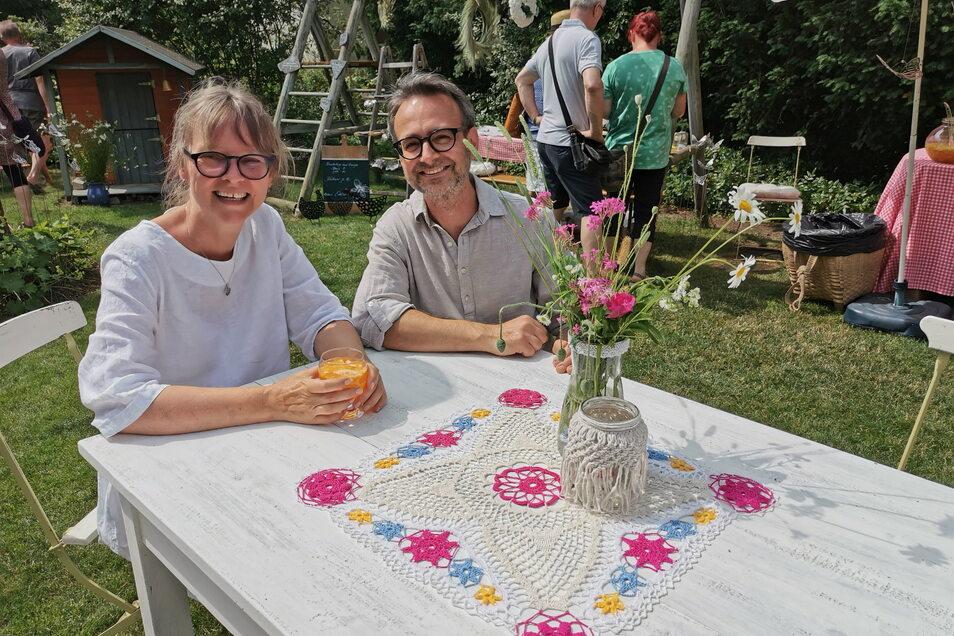 Einfach nur glücklich über so viele Gäste und den Zuspruch: Heike und Mario Hilsberg aus Biehla.