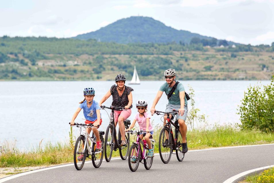 Der Berzdorfer See ist ein beliebtes Naherholungsgebiet, er wird aber auch immer mehr zum Feriendomizil für auswärtige Touristen.