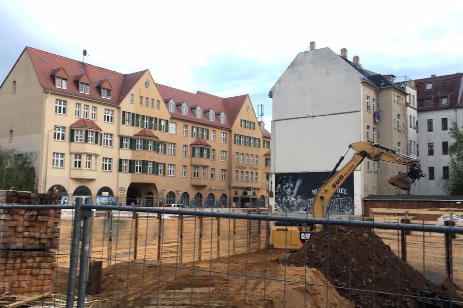 Derzeit nicht gern gesehen: Baugruben für Neubauten in Connewitz.