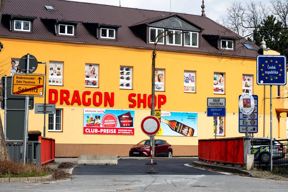 Pendler aus dem Schluckenauer Zipfel dürfen den Grenzübergang in Sebnitz nicht nutzen. Sie müssen über Neugersdorf oder Altenberg einreisen.