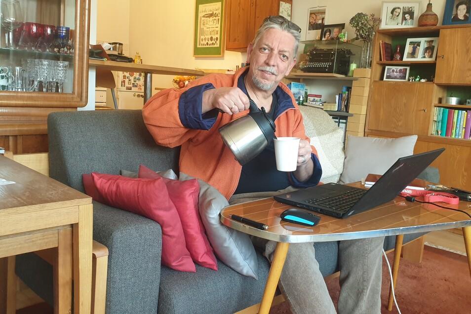 Kaffee im Homeoffice geht viel schneller als in der SZ-Redaktion.