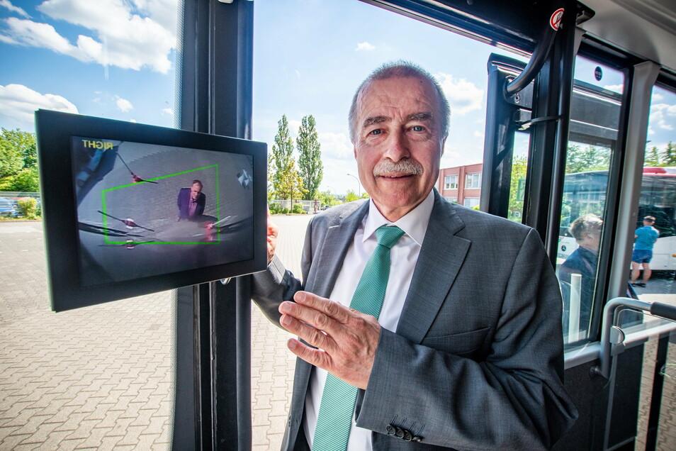 Michael Tanne ist 61 Jahre alt und der Geschäftsführer des Verkehrsunternehmens Regiobus Mittelsachsen GmbH.