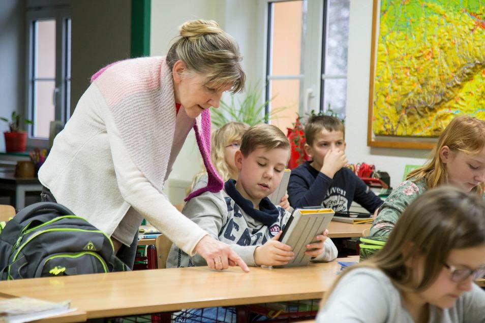 Bekommt die Auswirkungen des Lehrermangels deutlich zu spüren: die Grundschule in Rothenburg.