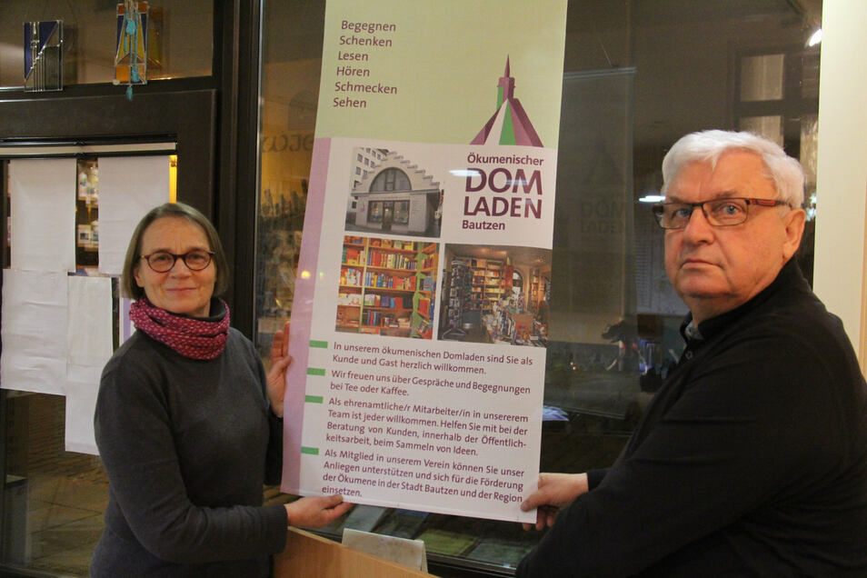 """Barbara Pohl organisiert das """"Literaturcafé"""" im Ökumenischen Domladen. Bernhard Pech ist für die Reihe """"Gast im Domladen"""" zuständig."""