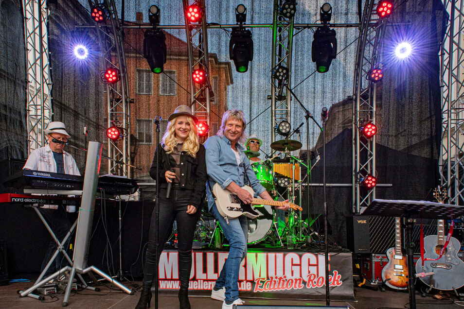 Auch die Müllermugge machte Sonnabendabend auf dem Party-Areal des Café Emilias Halt. Foto: Rene Plaul