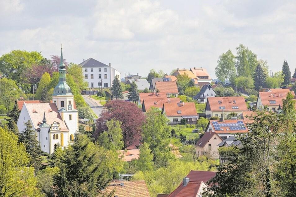 Struppen zieht immer mehr Familien mit Kindern an. Die Kommune hat mit rund 2 500 Einwohnern inzwischen sogar mehr Bürger als die Nachbarstadt Königstein.