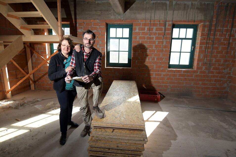 Syliva und Ulrich Hofmann aus Leisnig haben sich entschieden, ein altes Haus in der Altstadt zu retten und dort unter anderem Ferienwohnungen einzurichten. Das unterstützt die EU.