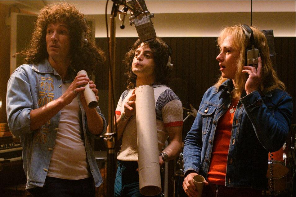 """Galileo, Galileo - in """"Bohemian Rhapsody"""" spielt Rami Malek (m.) den Queen-Frontsänger Freddie Mercury. Zu sehen ist der Film bei den Filmnächten am Elbufer in Dresden."""
