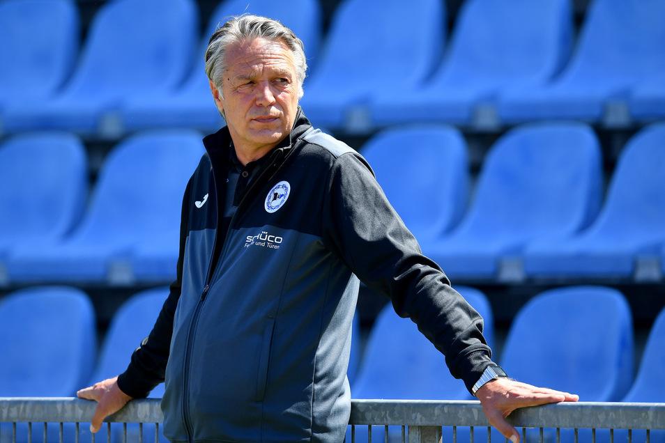 Mit Arminia Bielefeld hat Uwe Neuhaus den Sprung in Liga 1 geschafft.