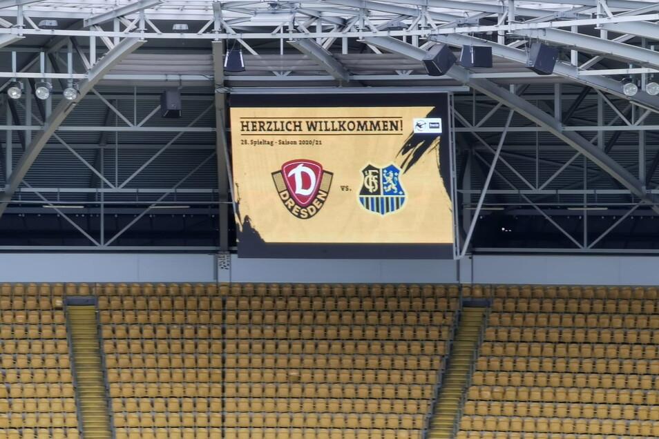 Zwischen Dresden und Saarbrücken steht es nach zehn Minuten noch 0:0. Es ist das Spitzenspiel in der 3. Fußball-Liga.