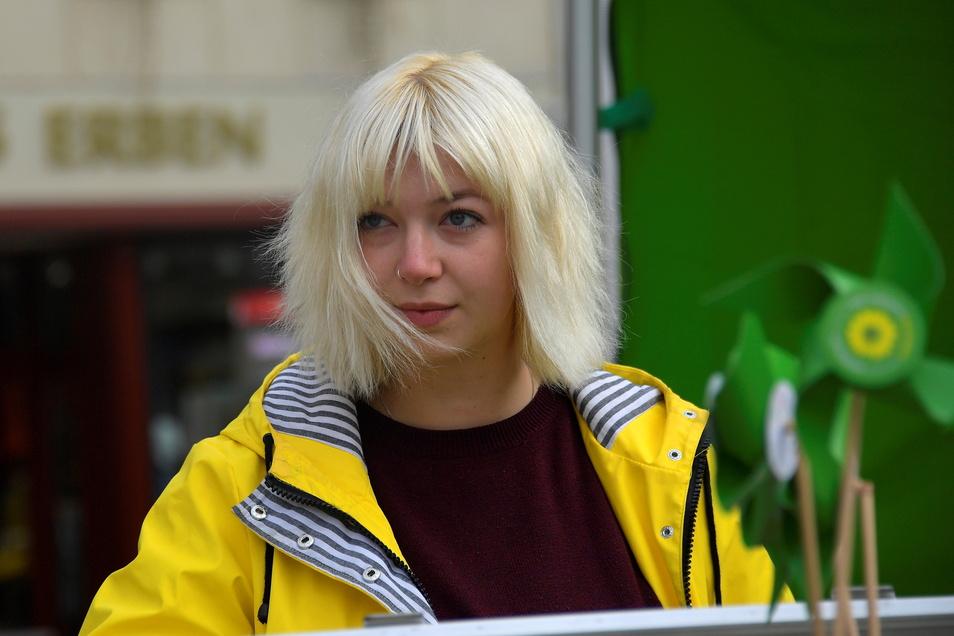 Carolin Renner (24) von den Grünen kandidiert für den Bundestag. Sie findet, dass junge Frauen aus dem ländlichen Raum in Berlin unterrepräsentiert sind.