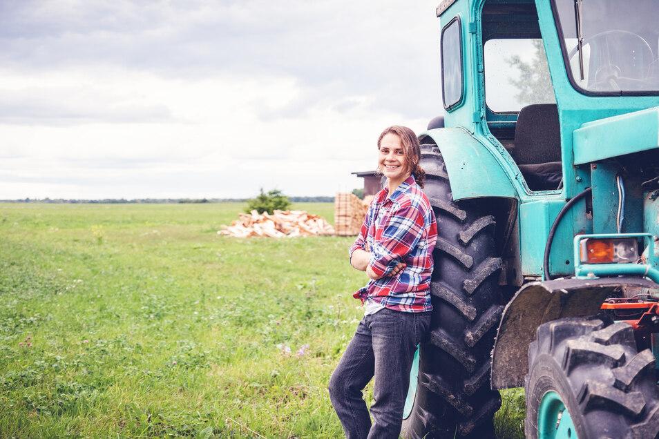 Junge Landwirtinnen und Landwirte sind inzwischen eher die Ausnahme. Viele Höfe haben keine Nachfolger. In Sachsen soll eine Förderung helfen.