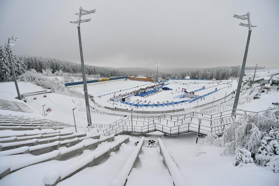 Hier findet ab Freitag der Biathlon-Weltcup statt: in der Arena von Oberhof.