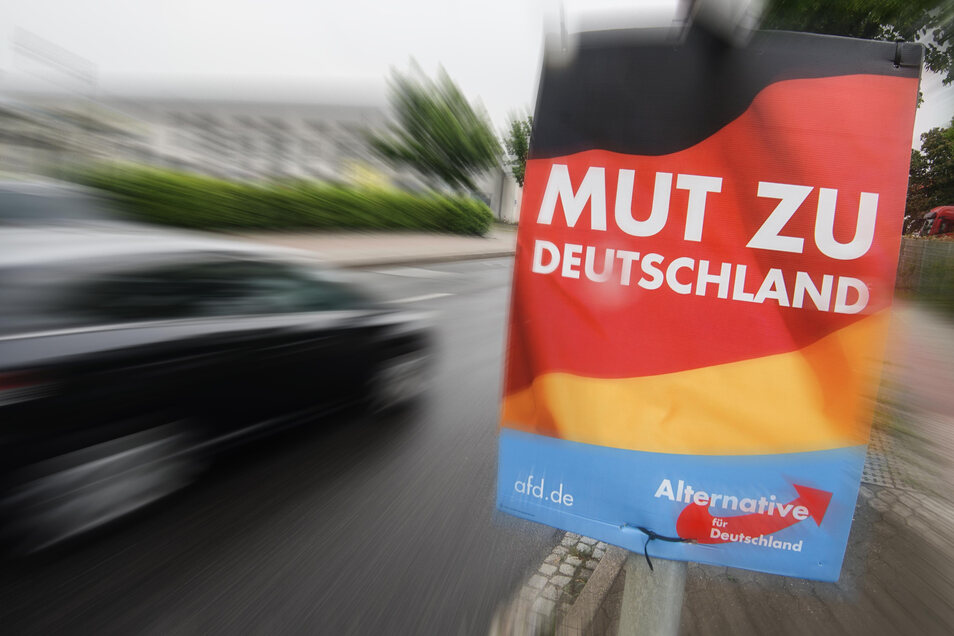 Zum Monatsanfang haben Unbekannte 18 Wahlplakate der AfD entfernt.