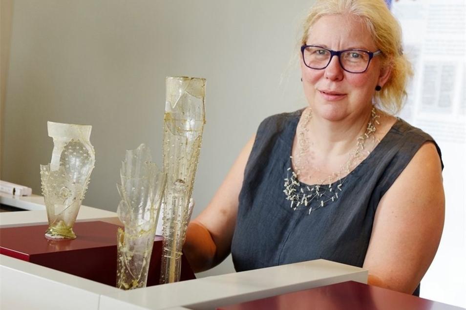 Franziska Frenzel-Leitermann vom Landesamt für Archäologie Dresden hat am Dienstag einige Exponate auf Mildenstein gebracht. Diese wurden im Burghof bei Grabungen in den 1990er-Jahren gefunden. Gezeigt werden Alltagsgegenstände, aber auch, womit der kurfü