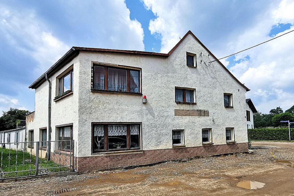 Gaststätte mit Betreiberwohnung in Döbeln / Mindestgebot 15.000 Euro