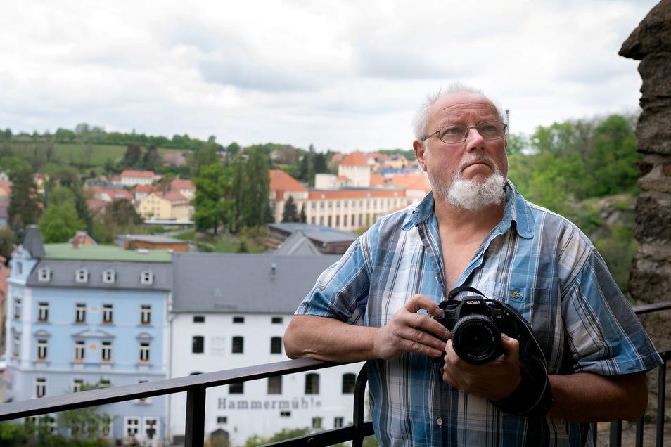 Eberhard Schmitt hat die Veränderung Bautzens aus verschiedenen Perspektiven mit der Kamera dokumentiert. Eine Ausstellung in der Stadtbibliothek zeigt einige seiner Werke.