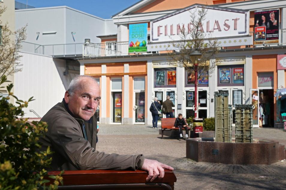 Andreas Näther (SPD) - hier ein Foto im Vorfeld der Kommunalwahl 2019 - ist Vorsitzender der Fraktion Gemeinsam für Riesa.