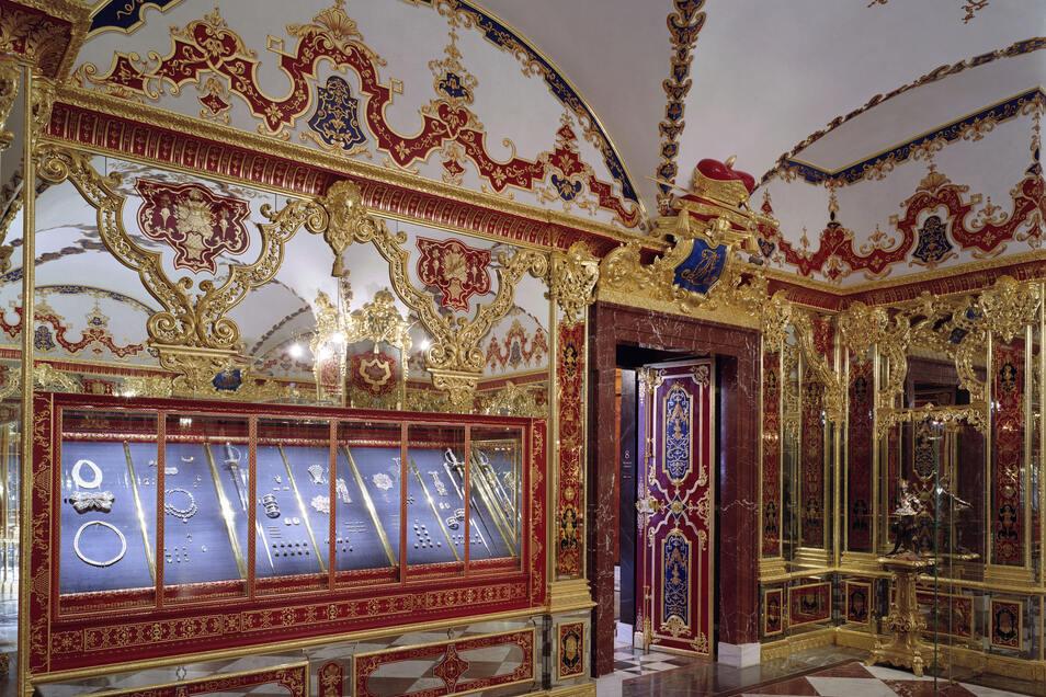 Blick in das Juwelenzimmer des Historischen Grünen Gewölbes.
