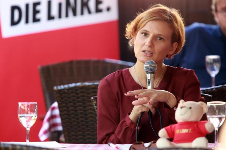 Die Linken-Chefin Katja Kipping bekräftigte die Unterstützung ihrer Partei im Kampf für eine starke gewerkschaftliche Vertretung der Arbeitnehmer im Freistaat Sachsen. Er dürfe nicht länger ein Billiglohnland sein.