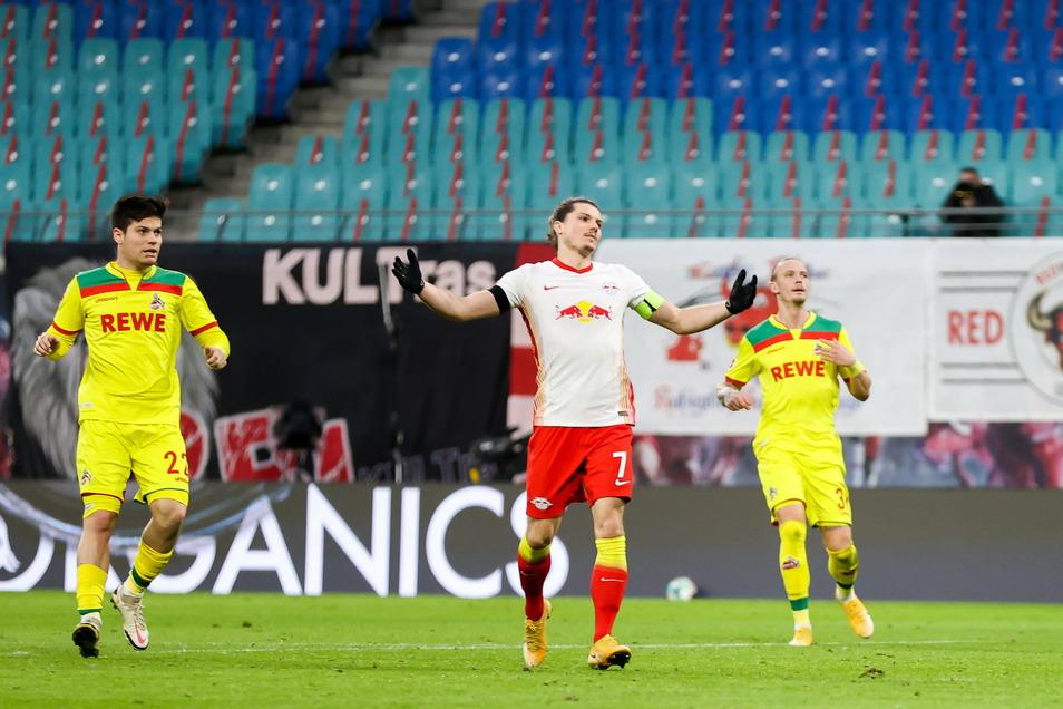 Marcel Sabitzer (m.) ärgert sich über eine vergebene Chance. Auch sonst gab es für RB gegen Köln nicht viel zu bejubeln.