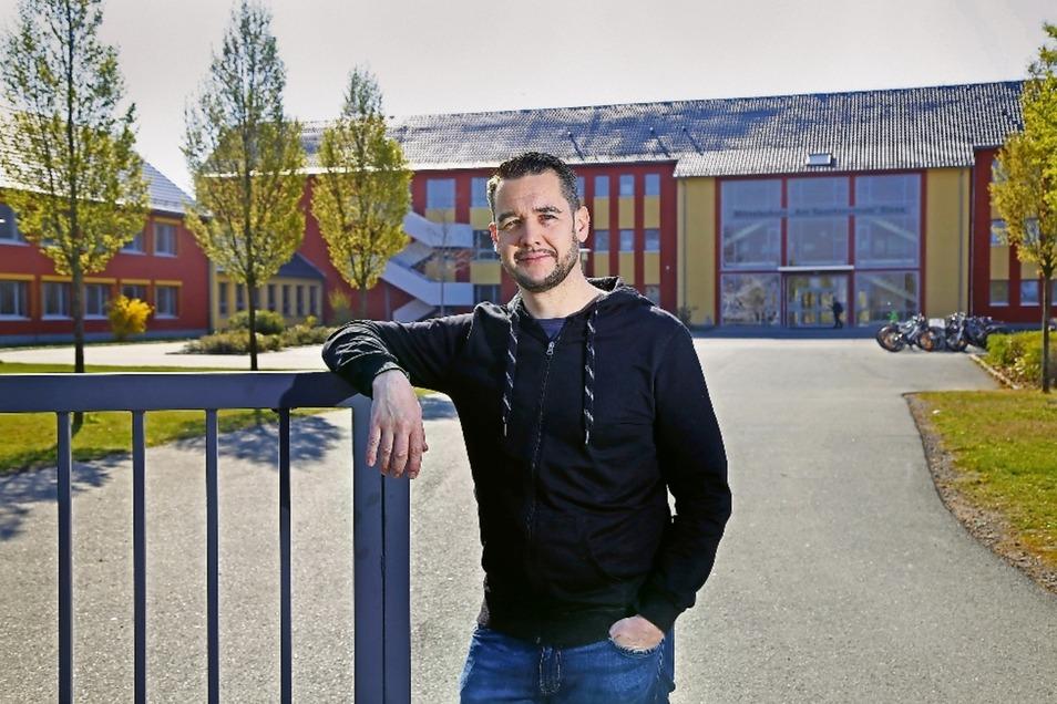 Zehn Jahre lang hat Sven Borner an der heutigen Oberschule Am Sportzentrum gelernt. Seine eigenen vier Kinder besuchen das Heisenberg-Gymnasium und die 3. Grundschule in Weida.