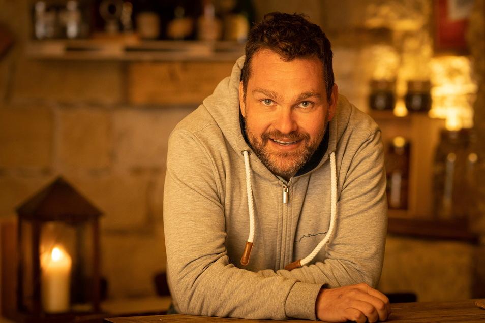 Restaurant-Besitzer Frank Ollhoff setzt auf die SZ in den sozialen Medien.