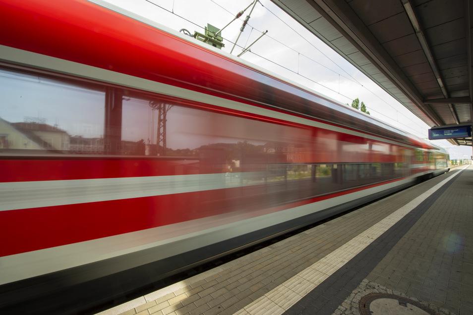 Die S-Bahnen fahren wieder öfter.