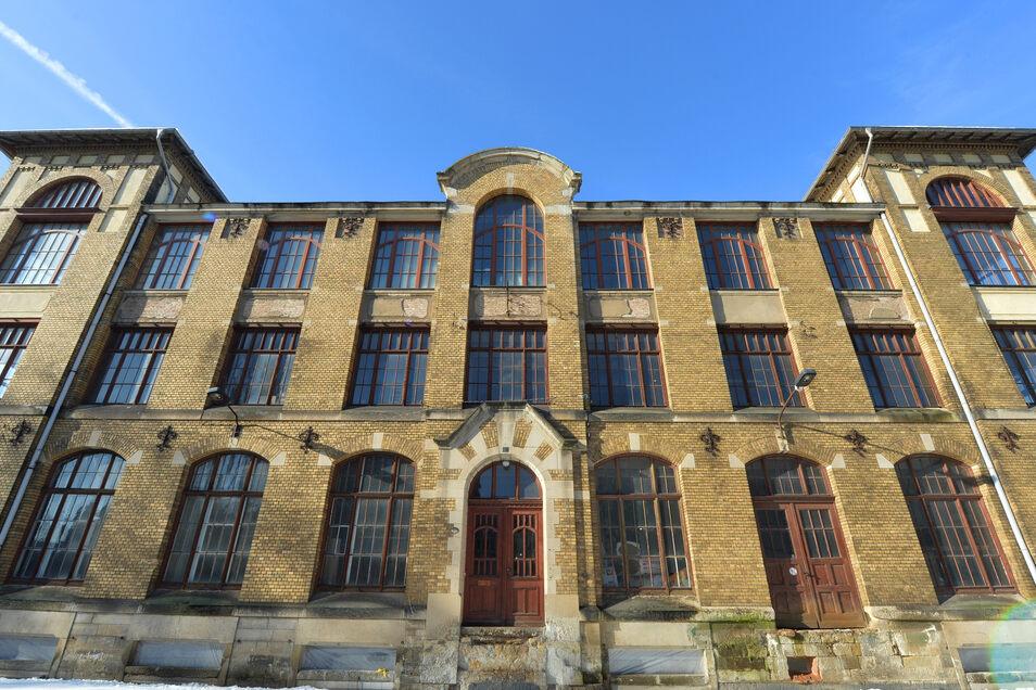 Ehemalige Fensterfabrik Hengst in Pirna: Bald 42 Wohnungen mit Fernwärmeanschluss.