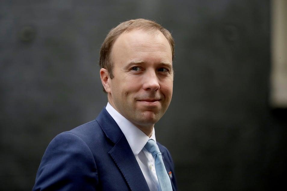 Matt Hancock, Gesundheitsminister von Großbritannien, verlässt die 10 Downing Street.