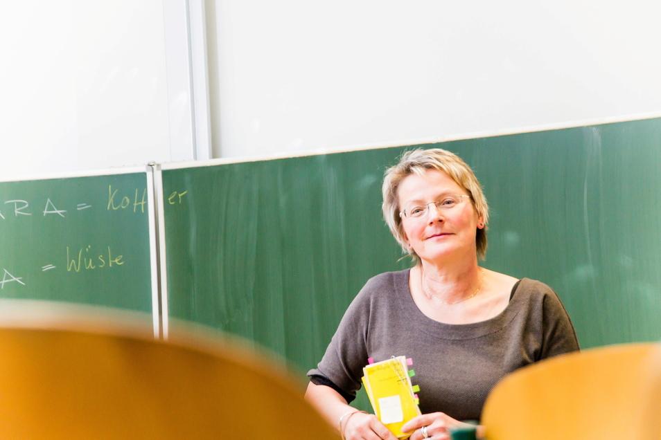 """Silke Arlt ist seit Oktober 2017 die Leiterin der Gröditzer Oberschule """"Siegfried Richter"""". Sie mahnt bessere Unterrichtsbedingungen an."""