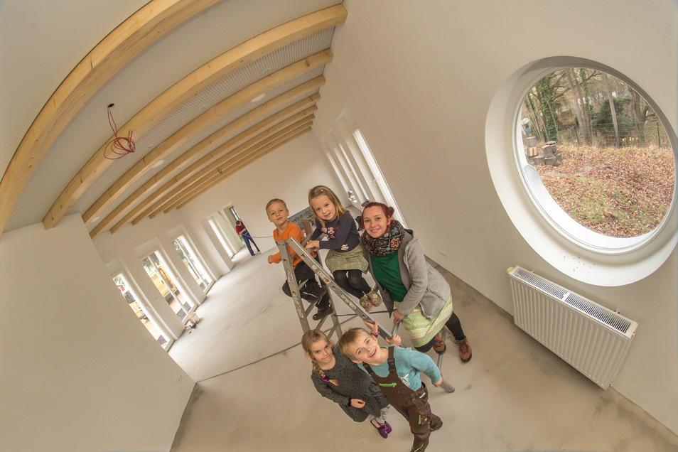 Kristin Linde, die Chefin der Kinder-Arche in Rothenburg ist froh, dass jetzt endlich mehr Raum in der Einrichtung zur Verfügung steht.