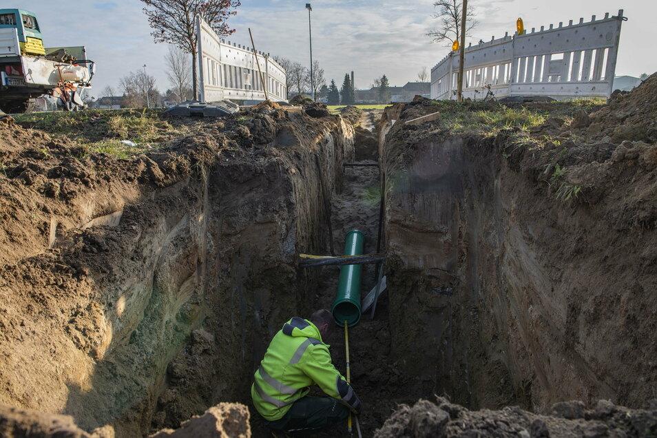 Die Baggerarbeiten für die nötige Entwässerung konnten im alten Jahr noch abgeschlossen werden.