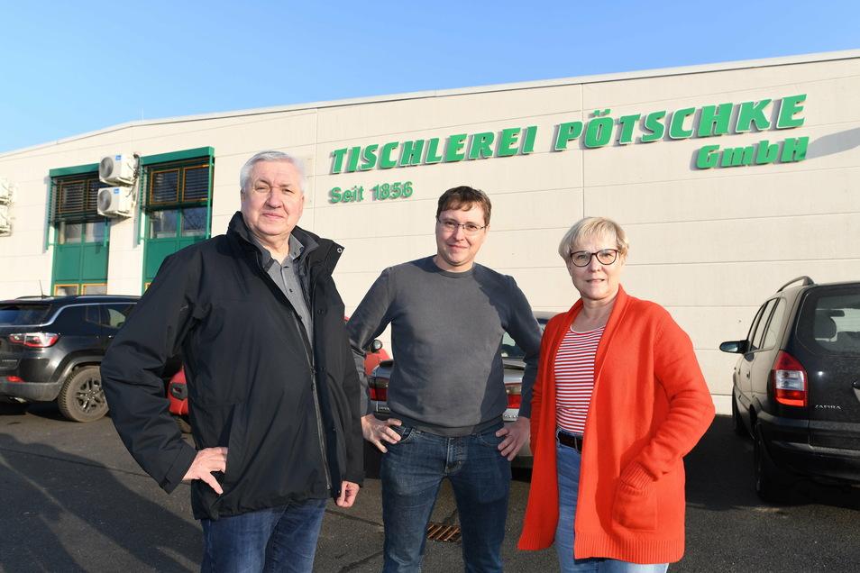 Thomas Pötschke stellt in der Tischlerei seiner Eltern Wilfried und Elke Pötschke die sechste Generation.