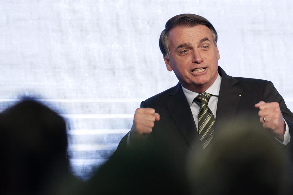 Nach Darstellung von Präsident Bolsonaro könnten Umweltschützer hinter der jüngsten Serie von Waldbränden stecken.
