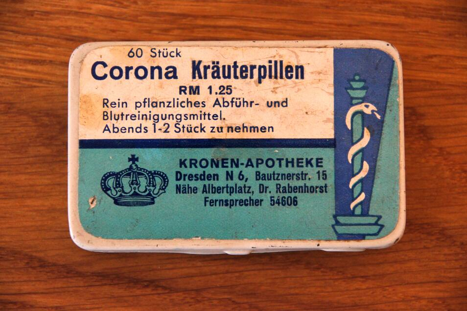 Das Döschen mit den Kräuterpillen aus der Kronen-Apotheke kostete einst 1,25 Reichmark.