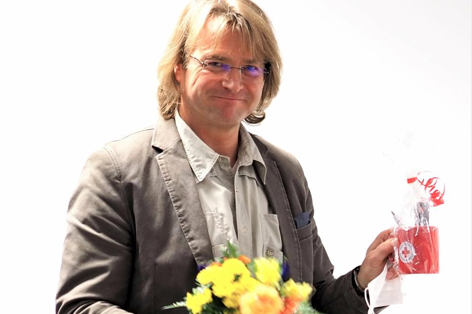Dr. Lard Dwaronat: Hauptberuflich Hausarzt in Pirna-Copitz, ehrenamlich Kreisverbandsarzt beim DRK.