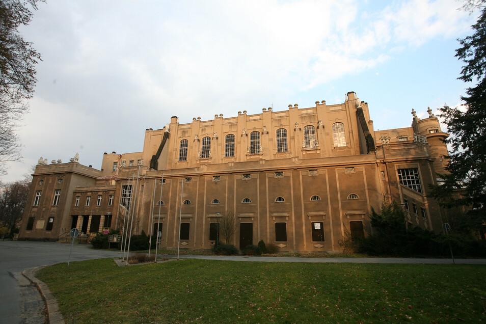 Die Görlitzer Stadthalle soll bis 2024 saniert werden.