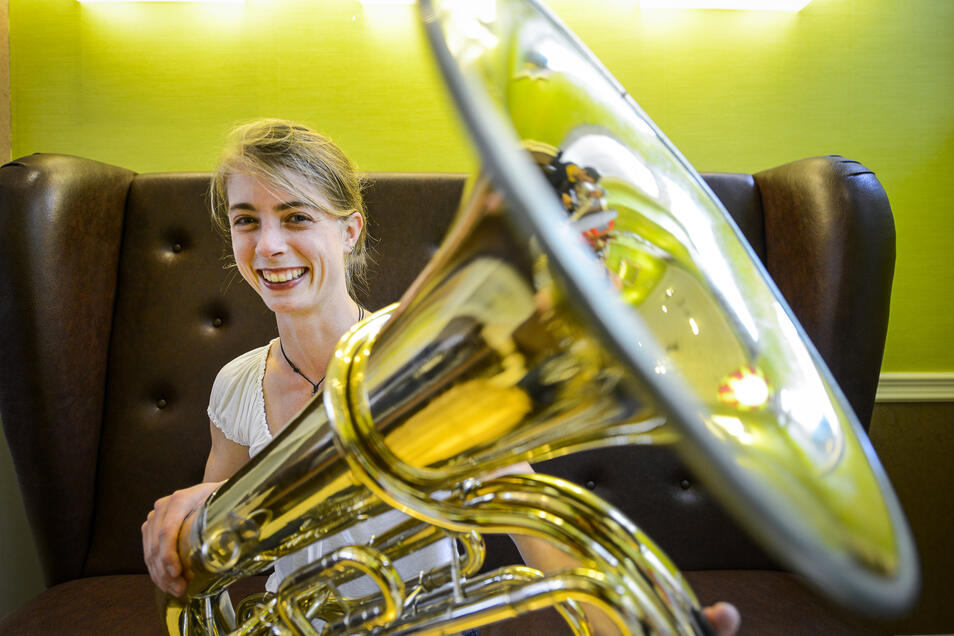 Maria-Ruth Schäfer organisiert die musikalische Telegrammreise.