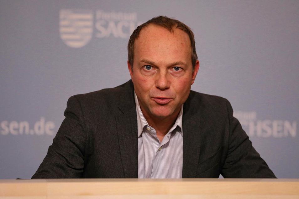 Der sächsische Landwirtschaftsminister Wolfram Günther (Grüne) lehnte es als diesjähriger Vorsitzender der Agrarministerkonferenz ab, unabhängig von EU-Vorgaben eine nationale Strategie für die GAP zu formulieren.