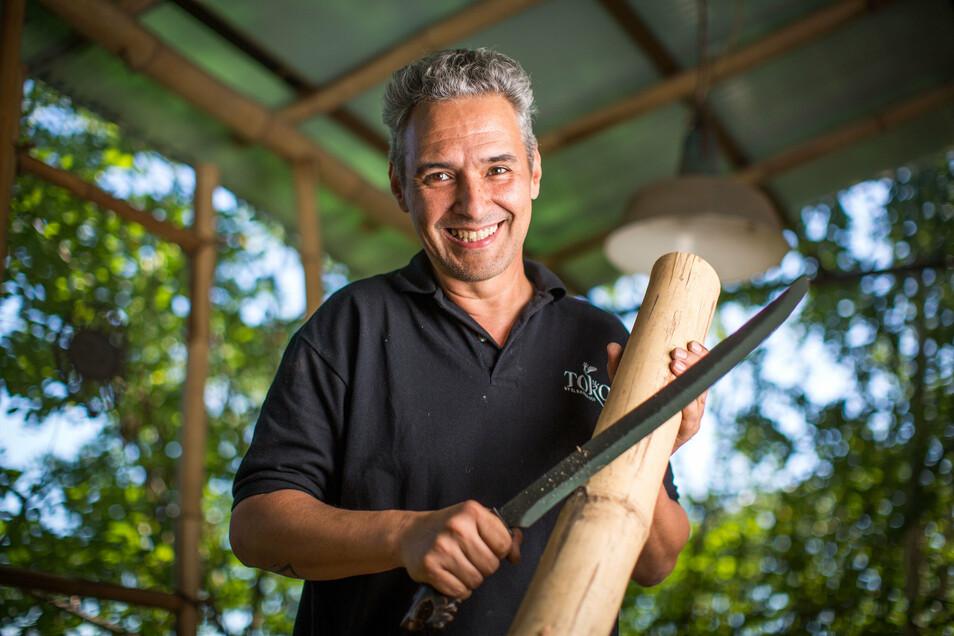 Wenn es um die Verarbeitung von Bambus geht, kann Amin El Bahraoui keiner etwas vormachen.